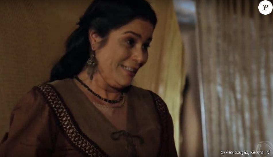Laila (Valéria Alencer) descobre que está grávida pela segunda vez, no capítulo desta sexta-feira, 22 de dezembro de 2016, na novela 'A Terra Prometida'