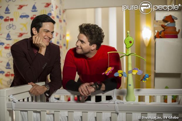 Walcyr Carrasco recebeu autorização da Globo para incluir beijo gay em 'Amor à Vida' (21 de janeiro de 2014)