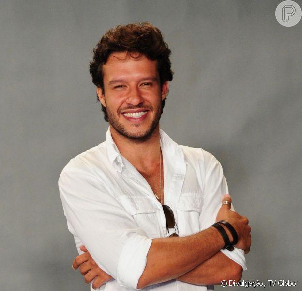 Nando Rodrigues é a aposta de galã da TV Globo para a novela 'Em Família'