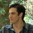 Para Mateus Solano, beijo gay de 'Amor à Vida' foi na medida: 'Se fosse só um estalinho, acho que seria covarde'