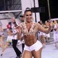 Gracyanne Barbosa exibiu a barriga sarada no ensaio da X-9 Paulistana, em São Paulo, na noite desta sexta-feira, 3 de fevereiro de 2017