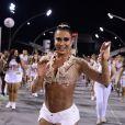 Gracyanne Barbosa deixou a barriga sarada à mostra no sambódromo do Anhembi, em São Paulo, na noite desta sexta-feira, 3 de fevereiro de 2017