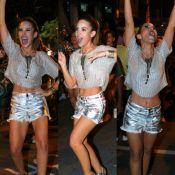 Wanessa se esbalda em ensaio de carnaval ao lado de rainha de bateria. Fotos!