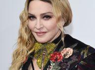 Madonna festeja adoção de gêmeas no Malauí com foto das crianças: 'Família'