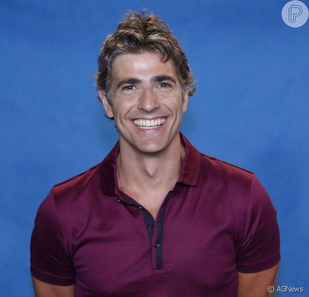 Em entrevista ao Purepeople, Reynaldo Gianecchini não reclama por estar solteiro