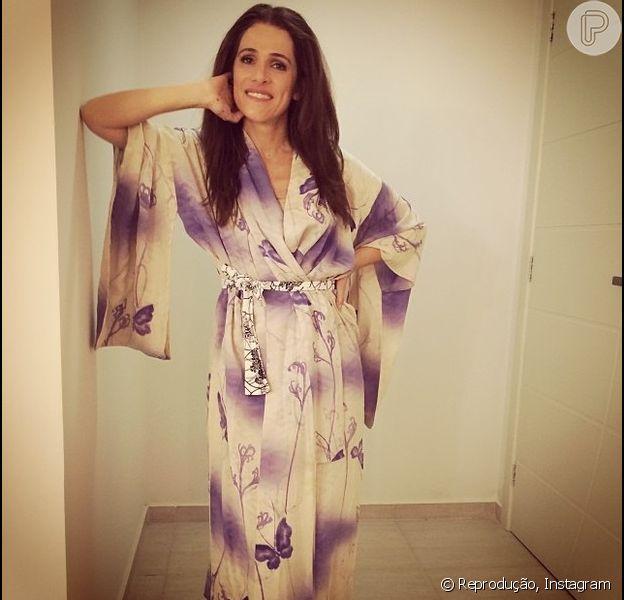 Ingrid Guimarães fica morena e publica foto no Instagram em 7 de fevereiro de 2014
