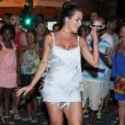 Carla Prata, Andréa de Andrade e a Miss Brasil 2016, Raissa Santana,brilham em ensaio de rua da Vila Isabel, na 28 de setembro, Rio de Janeiro, na noite desta quarta-feira, 15 de fevereiro de 2017