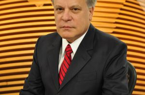Chico Pinheiro volta ao 'Bom Dia Brasil' após internação por problemas cardíacos