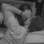 'BBB17': Marcos volta a roubar beijo de Emilly. 'Dá para beijar sem transar'