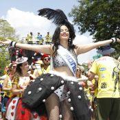 Carnaval: Emanuelle Araújo estreia como rainha de bateria de bloco em SP. Fotos!