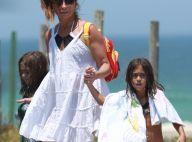 Giovanna Antonelli curte praia com as filhas Antonia e Sofia, de 6 anos. Fotos!