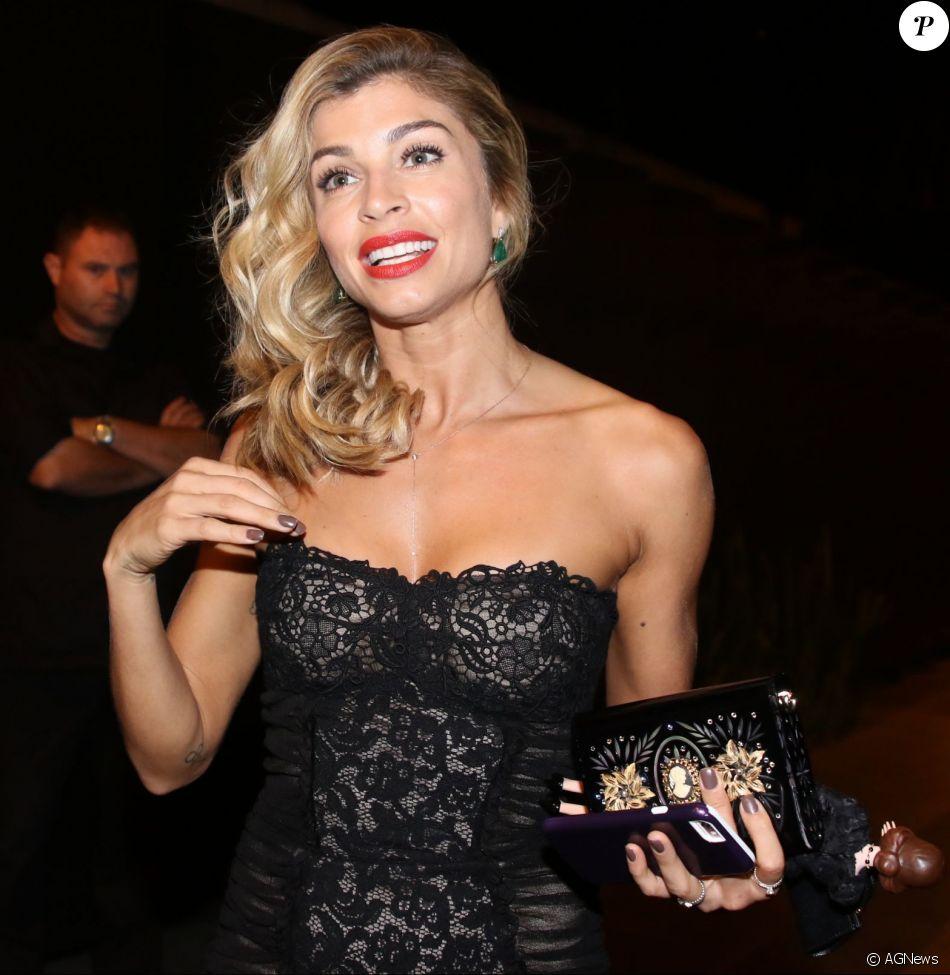 aa5bb018cf3 Grazi Massafera investiu na grife para ir ao jantar oferecido por Iara  Jereissati, na Casa Jereissati, para Anna Dello Russo