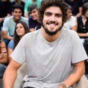Caio Castro soltinho! Ator imita Globeleza e arrasa no rebolado: 'Caio beleza'
