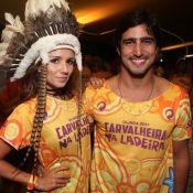 Carnaval: Paula Fernandes se fantasia de índia e posa com Renato Góes em Recife