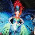 Julianna Trevisol também é um dos destaques da escola de samba do Rio de Janeiro Acadêmicos do Grande Rio com fantasia Ave do Paraíso