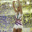 Ivete Sangalo levanta o público e emociona em desfile da Grande Rio no Carnaval 2017