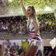 Ivete Sangalo agita a Sapucaí durante desfile da Grande Rio, em que foi homenageada neste Carnaval