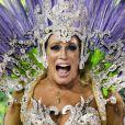 Susana Vieira usou a fantasia Luminosa Mãe D'Água no desfile da Grande Rio, no final da noite deste domingo, 26 de fevereiro de 2017