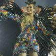 Barbara França estreia no Carnaval do Rio homenageando Ivete Sangalo. Confira entrevista no vídeo!