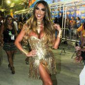 Nicole Bahls volta à Sapucaí usando salto após torcer o pé em desfile da Vila