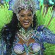Camila Silva, rainha de bateria da Mocidade, conta o que mais incomoda no look de rainha de bateria: 'O costeiro'. Vídeo