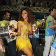 Juliana Alves caiu no samba no ensaio da escola Unidos da Tijuca, da qual é rainha de bateria, na noite do último sábado, 15 de fevereiro de 2014, no Rio de Janeiro