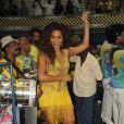 Juliana Alves mostrou muito samba no pé no ensaio da escola Unidos da Tijuca