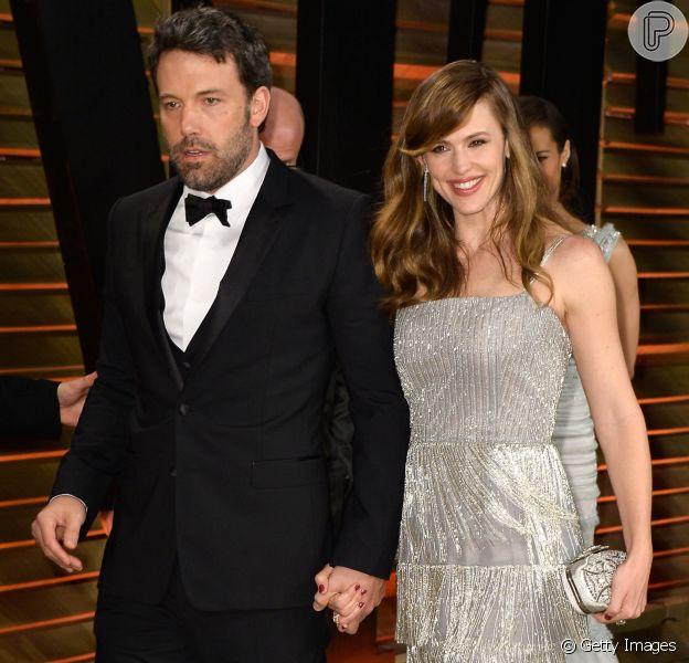 Ben Affleck e Jennifer Garner adiam divórcio após dois anos separados
