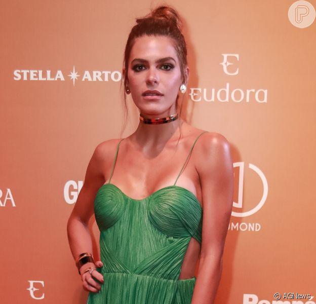 Mariana Goldfarb exibe silicone em look decotado no 'Prêmio Geração Glamour 2017',premiação realizadana Casa Charlô, em São Paulo, na noite desta quinta-feira, 9 de março de 2017