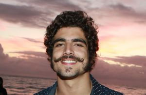 Caio Castro rebate crítica homofóbica na web: 'Preconceituoso! E se fosse homo?'