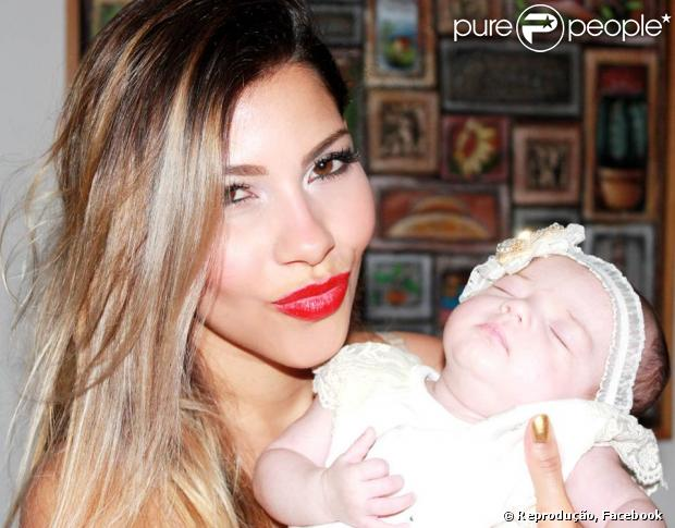 Ex-BBB5 Karla confessa em entrevista que poderia voltar ao reality show nesta 13ª edição: 'O Boninho me chamou para voltar, mas eu não quis', em 13 de janeiro de 2013