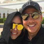 Thyane Dantas, de hijab, posa toda coberta com Wesley Safadão: 'Em Abu Dhabi'
