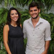 Grávidos, Yanna Lavigne e Bruno Gissoni negam reconciliação em evento: 'Família'