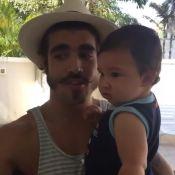 Caio Castro paparica filho de Antonia Fontenelle: 'Será pai em breve'. Vídeo!