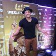 Wesley Safadão contou que quando está fazendo shows costuma conversar com os filhos pela internet