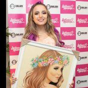 Larissa Manoela volta aos palcos após férias e ganha quadro de fã   Muito  feliz 9e769c5be7