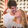 Martinha (Malu Pizzato) consegue convercer Lucas (Bruno Guedes) para ficar junto dela após a aula,  na novela   'Malhação: Pro Dia Nascer Feliz'