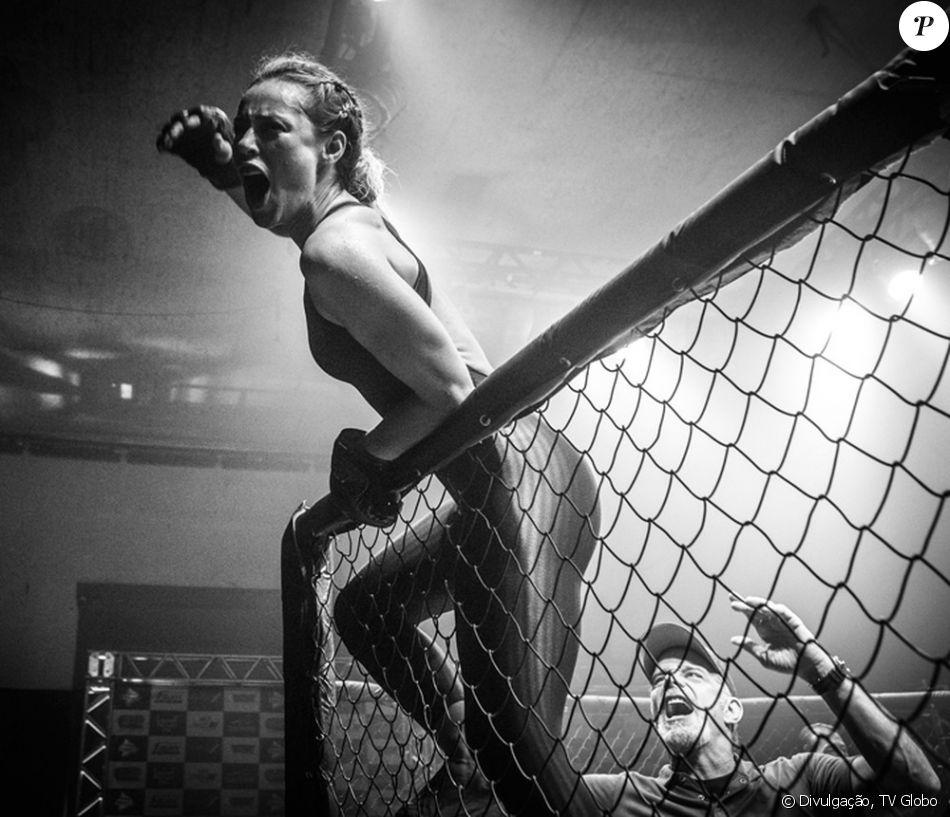 Paolla Oliveira movimentou a web após lutar no 'Esporte Espetacular', em 26 de março de 2017