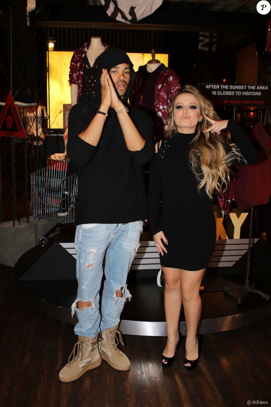 Larissa Manoela brinca ao posar para fotos com Maejor, DJ e um dos melhores  amigos de Justin Bieber 22621710ff