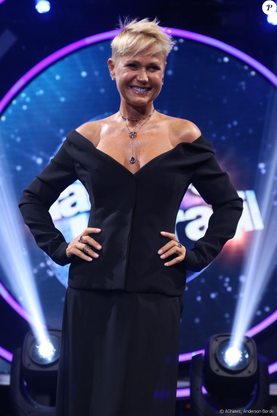 Xuxa marcou presença na coletiva de seu novo programa, 'Dancing Brasil', em 28 de março de 2017