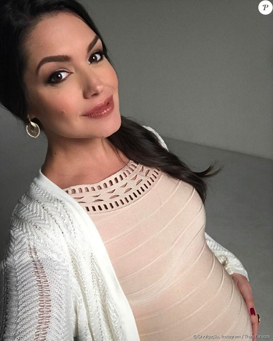 Aos 5 meses de gravidez, Thais Fersoza compartilhou uma foto em contagem regressiva para passar seu primeiro Dia das Mães com a filha Melinda, de 7 meses