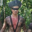 Furioso, Guayi (Diogo Oliveira) desafia Joaquim (Chay Suede) na novela 'Novo Mundo'