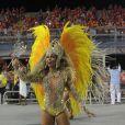 Milena Nogueira desfilou como rainha de bateria da Águia de Ouro no sábado, 1º de março de 2014, no sambódromo do Anhembi, em São Paulo. A mulher de Diogo Nogueira optou por uma fantasia que cobrisse a barriga