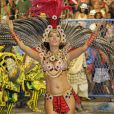 Mônica Carvalho desfila pela Grande Rio
