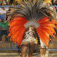 Roberta Rodrigues mostrou samba no pé no desfile da Grande Rio
