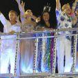 Angélica, Luciano Huck, Regina Casé, Miguel Falabella e Maitê Proença desfilaram pela Beija-Flor, que homenageou Boni