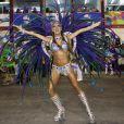 Thaila Ayala também desfila pela Vila Isabel, no Rio de Janeiro