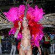 Ticiane Pinheiro ousa em fantasia no desfile da Vila Isabel, no Rio de Janeiro