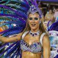 Thaila Ayala brilhou no desfile da Vila Isabel