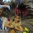 Mônica Carvalho dá um show de samba na Avenida durante desfile da Grande Rio